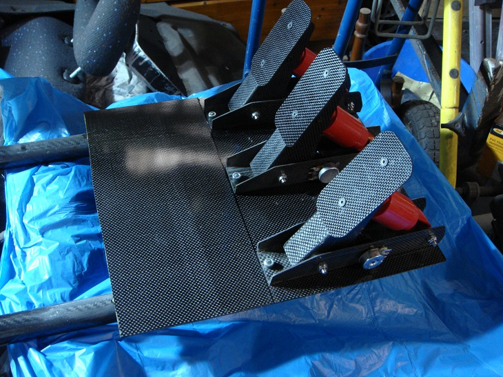 Carbon Pedals Fitted.jpg