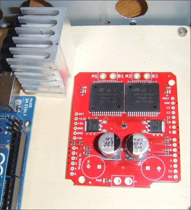 20130401214650-RacingMat-radiateur-cartes-electroniques-et-boy-tier-5-.jpg